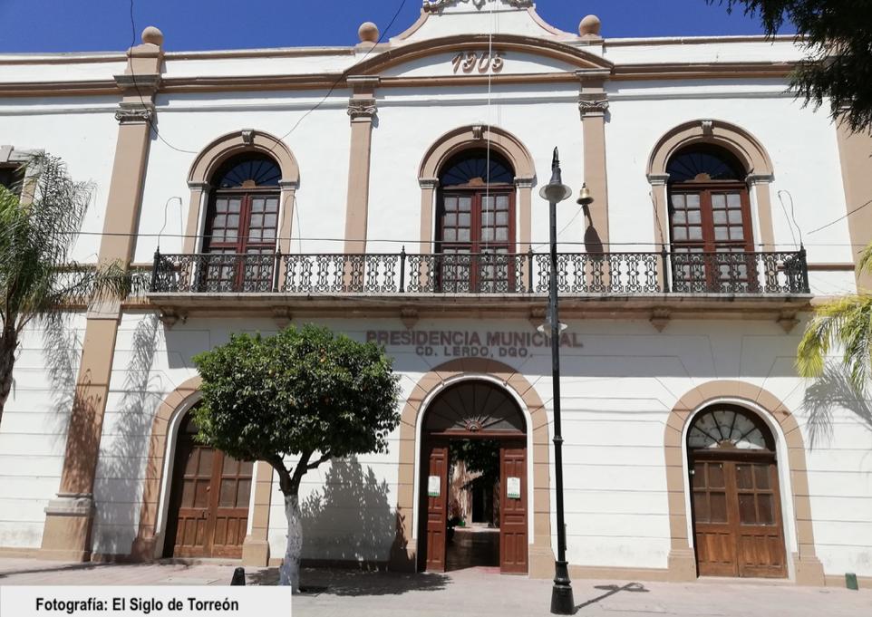COMPARECEN REGIDORES DEL AYUNTAMIENTO DE LERDO EN EL CASO DE PRESUNTO SOBORNO QUE INVOLUCRA A DIPUTADOS LOCALES