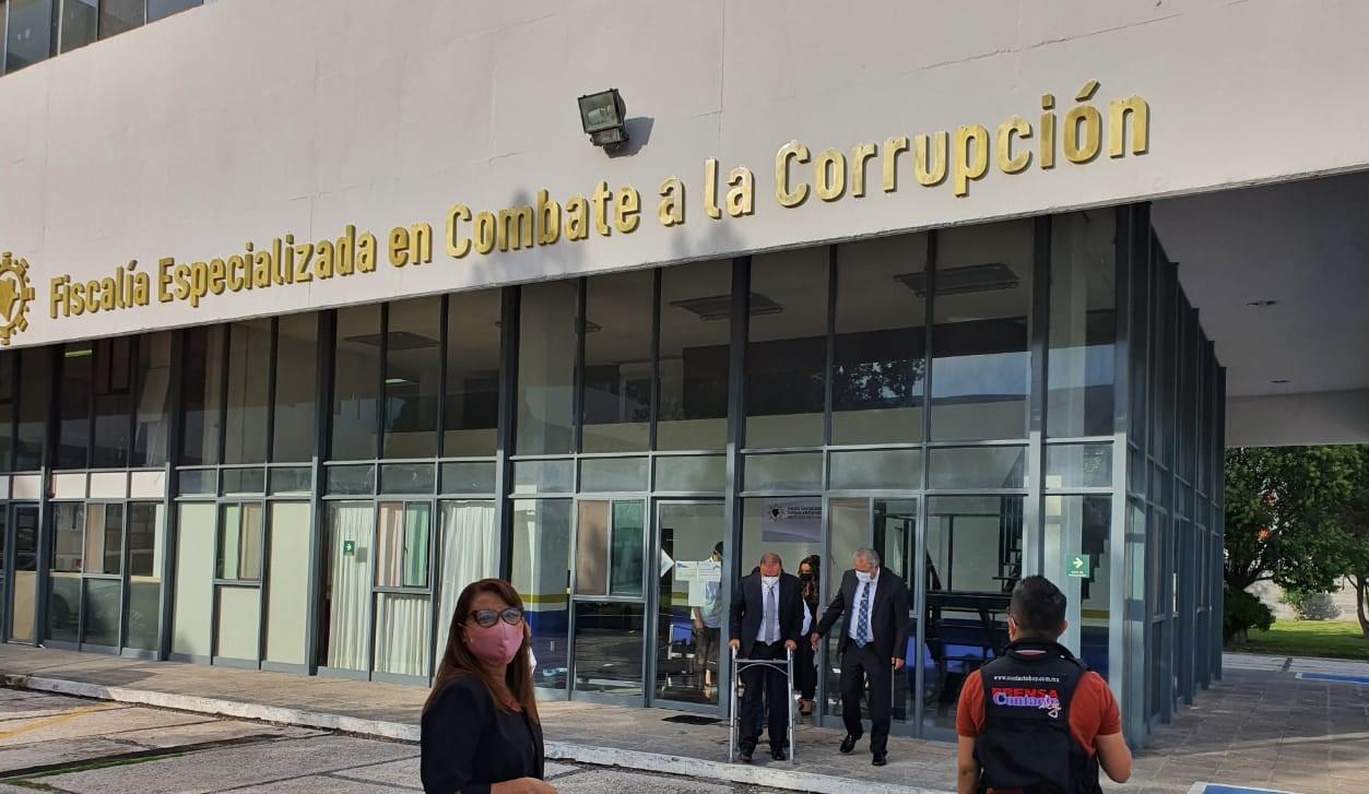 DENUNCIADOS POR DELITOS CORRUPCIÓN CINCO EX SERVIDORES PÚBLICOS DE LA ADMINISTRACIÓN MUNICIPAL DE DURANGO 2016-2019.